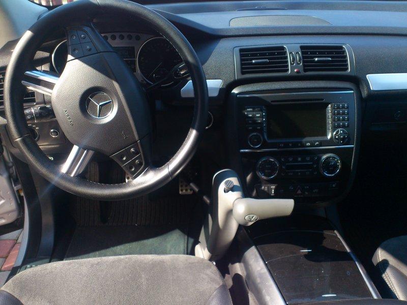 Veigel Classic w Mercedesie R-klasa