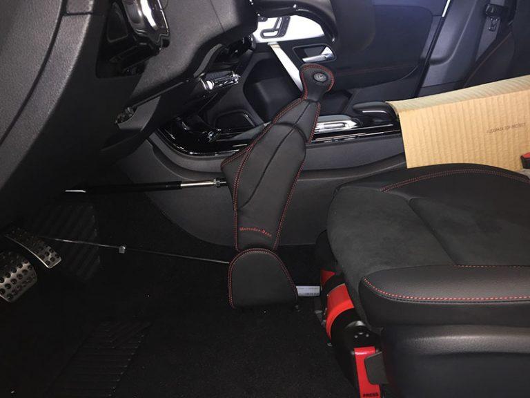 Ręczny gaz-hamulec Veigel Compact - przystosowanie samochodu w serwisie Marach Bydgoszcz