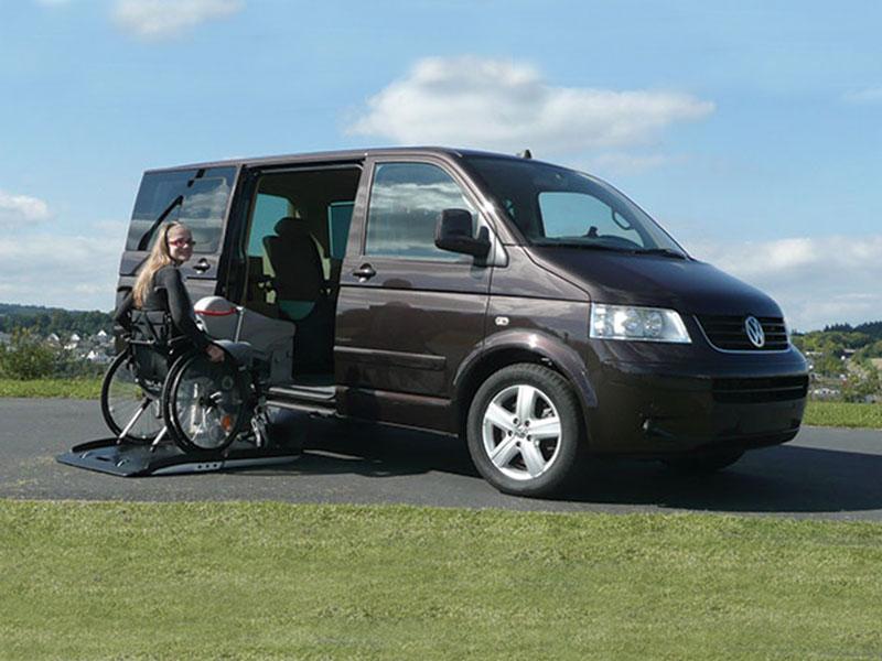 Winda samochodowa dla niepełnosprawnych do drzwi bocznych auta